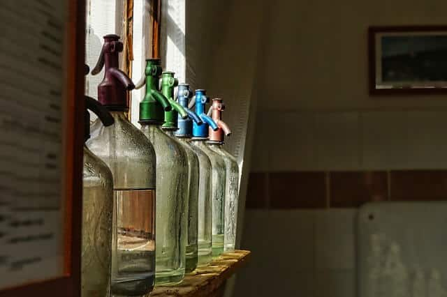 Kenapa Bagian Bawah Botol Tidak Datar