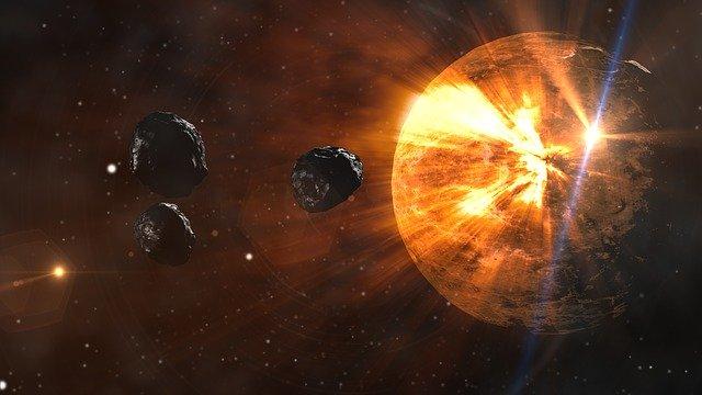 Meteor Menuju Planet