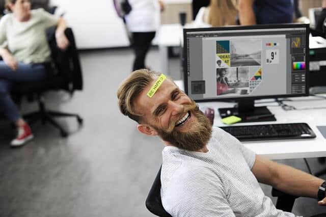 5 Cara Menghilangkan Ngantuk Saat Kerja di Malam Hari