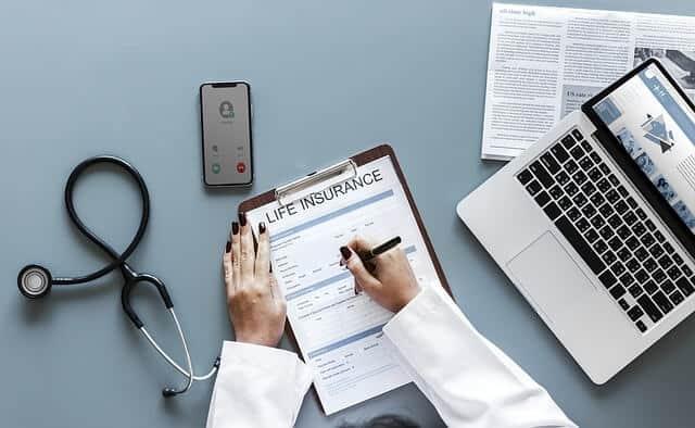 Hal yang Harus Dipertimbangkan Sebelum Membeli Asuransi Kesehatan Saat Kantor Bekerja Sudah Menyediakannya