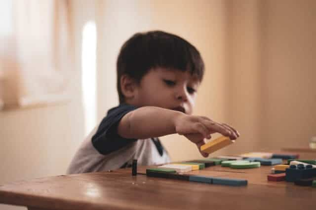 6 Makanan Bergizi yang Baik untuk Otak Anak